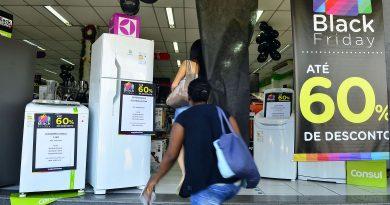 Taxa média de juros para famílias cai, diz Banco Central<BR><BR>
