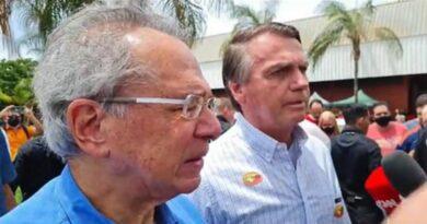 Bolsonaro afirma que governo não interferirá em preços